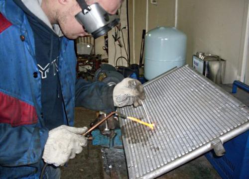 Наружный ремонт радиатора автомобиля своими руками