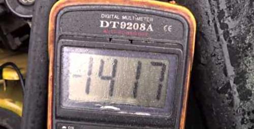 Как проверить напряжение генератора мультиметром