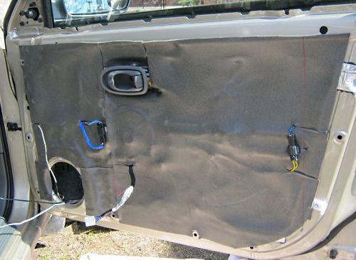 поверхности оклеивают материалом Акцент или Битопласт 10 мм